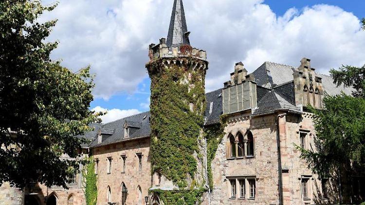 Schloss Reinhardsbrunn im Kreis Gotha. Foto: Britta Pedersen/Archivbild
