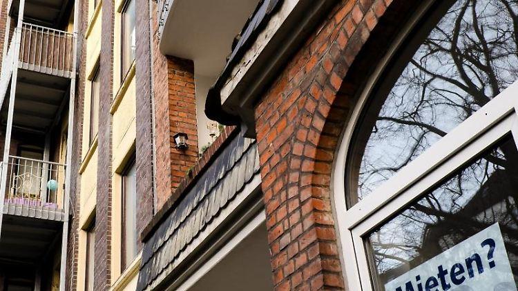 Häuser sind zu sehen, in denen sich Mietwohnungen befinden. Foto: Frank Molter/Archivbild