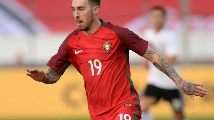 Portugals Iuri Medeiros am Ball. Foto: Deniz Calagan/Archivbild