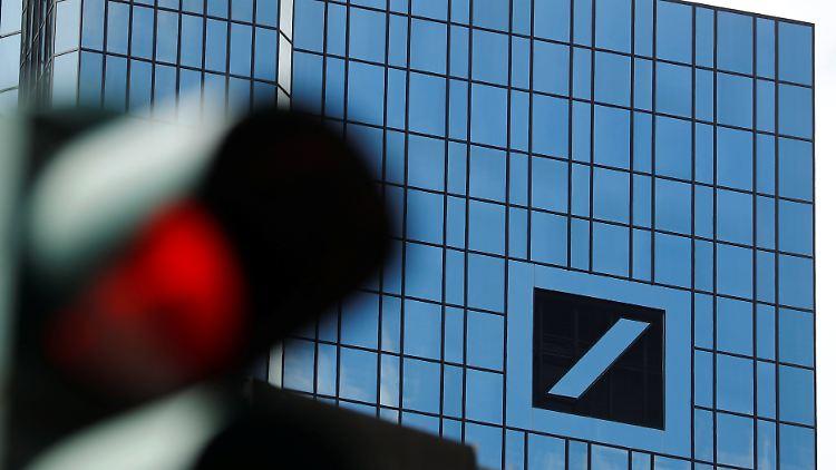 Konzernumbau - Deutsche-Bank-Verlust noch größer als befürchtet