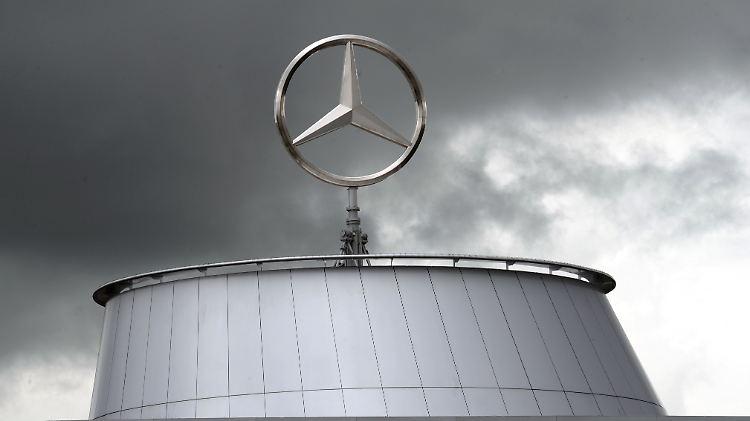 Die Folgen der Dieselaffäre belastet Daimler.