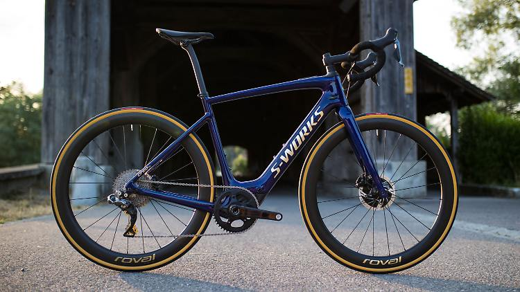 Specialized_S-Works_Turbo_Creo_SL_Founders_Edition.jpg