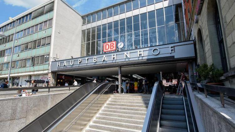 München: Polizist mit Messer am Hauptbahnhof niedergestochen