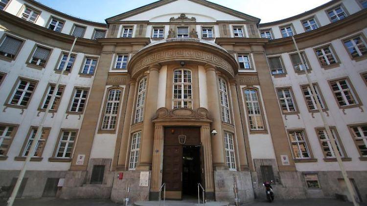 Ein Blick auf das Gebäude vom Landgericht und Amtsgericht in Frankfurt am Main. Foto: Fredrik von Erichsen/Archivbild