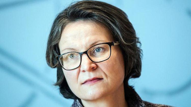 Ina Scharrenbach (CDU), Ministerin für Heimat, Kommunales, Bau und Gleichstellung des Landes Nordrhein-Westfalen. Foto: Federico Gambarini/Archivbild