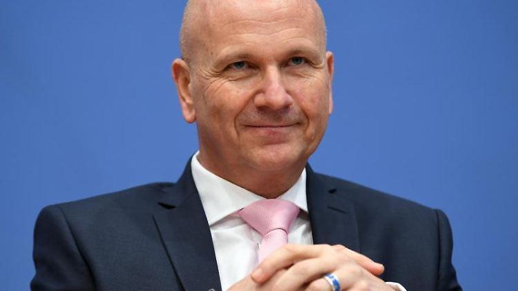 Uwe Brandl (CSU), Präsident des Bayerischen Gemeindetages. Foto: Britta Pedersen/Archivbild