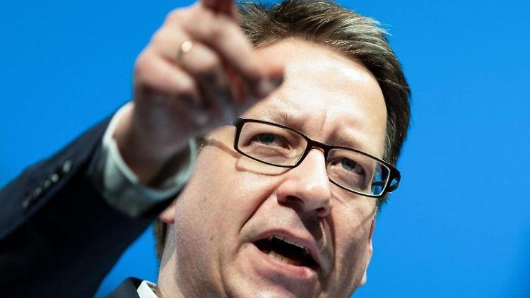 Stefan Birkner, Landesvorsitzender der FDP Niedersachsen.Foto: Peter Steffen/Archivbild