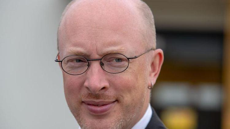 Christian Pegel (SPD), der Energie- und Verkehrsminister von Mecklenburg-Vorpommern. Foto: Jens Büttner/Archivbild