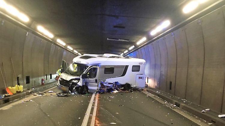 Unfall im Gotthard-Tunnel: A2 gesperrt