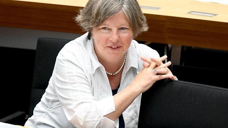 Katrin Lompscher (Die Linke), Stadtentwicklungssenatorin in Berlin. Foto: Britta Pedersen/Archiv
