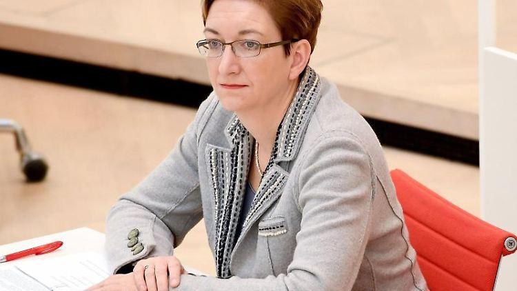 Klara Geywitz (SPD) während der 67. Sitzung des Landtags von Brandenburg. Foto: Britta Pedersen/Archiv