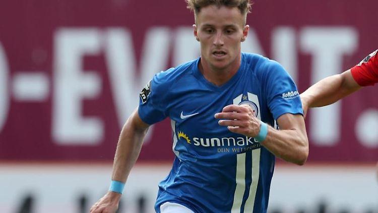 Der 23 Jahre alte Mittelfeldspieler Mirnes Pepic vomFCHansa Rostock/Archivbild Foto: Bernd Wüstneck