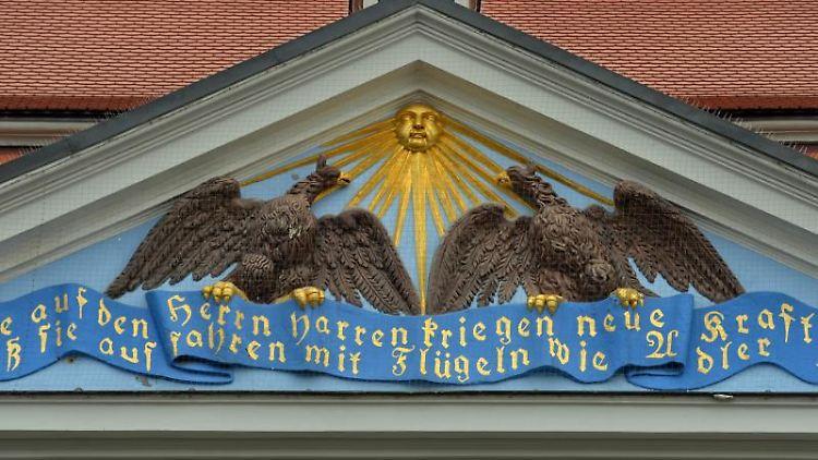 Blick auf das repräsentative Hauptgebäude der Franckeschen Stiftungen. Foto: Hendrik Schmidt/Archivbild
