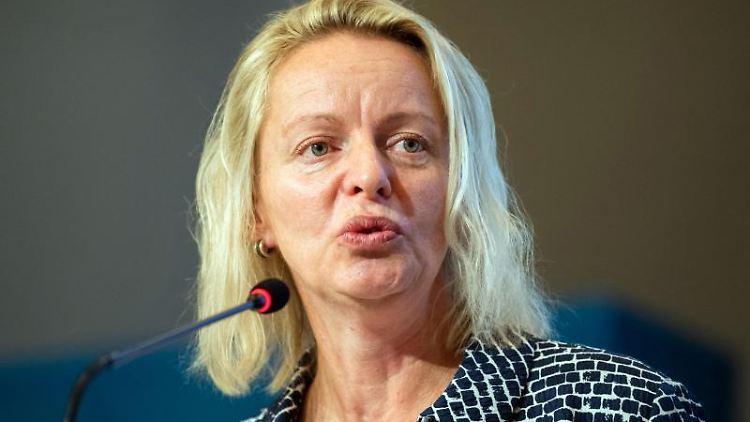 Dana Guth, Landesvorsitzende der AfD Niedersachsen. Foto: Mohssen Assanimoghaddam/Archivbild