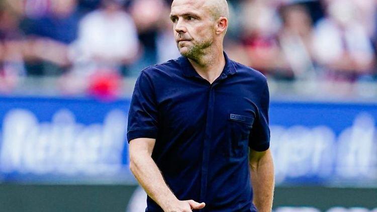 Hoffenheims Trainer Alfred Schreuder. Foto: Uwe Anspach/Archivbild