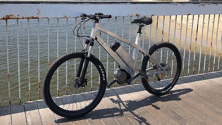 Avial-Mid-Drive-e-Bike_5-1024x685.jpg