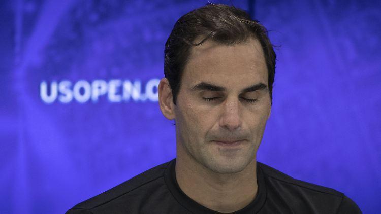 Bitter enttäuscht über die verpasste Titel-Chance: Der Rekord-Grand-Slam-Champion Roger Federer nach dem Viertelfinal-Aus bei den US Open.