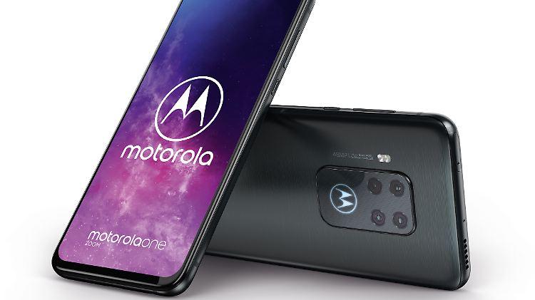 Motorola_One_Zoom.jpg