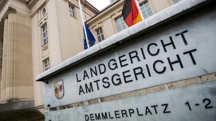 Das Gebäude des Landgericht am Demmlerplatz. Foto: Jens Büttner/Archivbild