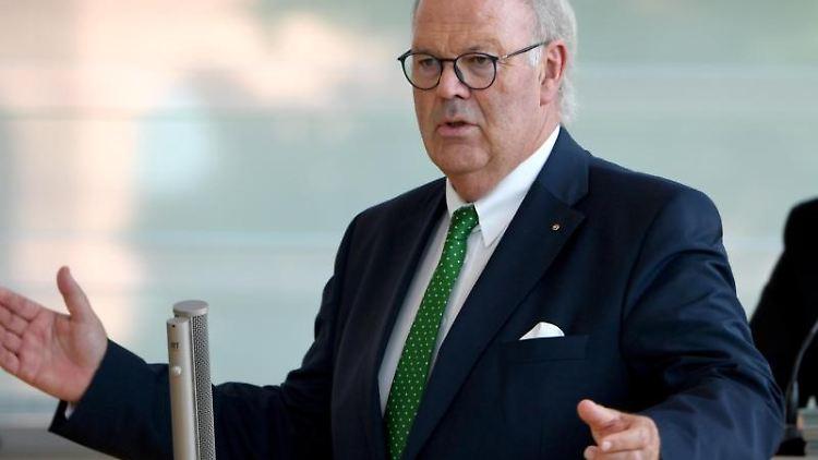 Hans-Joachim Grote (CDU), Innenminister von Schleswig-Holstein. Foto:Carsten Rehder/archivbild