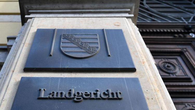 Eingang zum Landgericht in Leipzig. Foto:Hendrik Schmidt/Archivbild