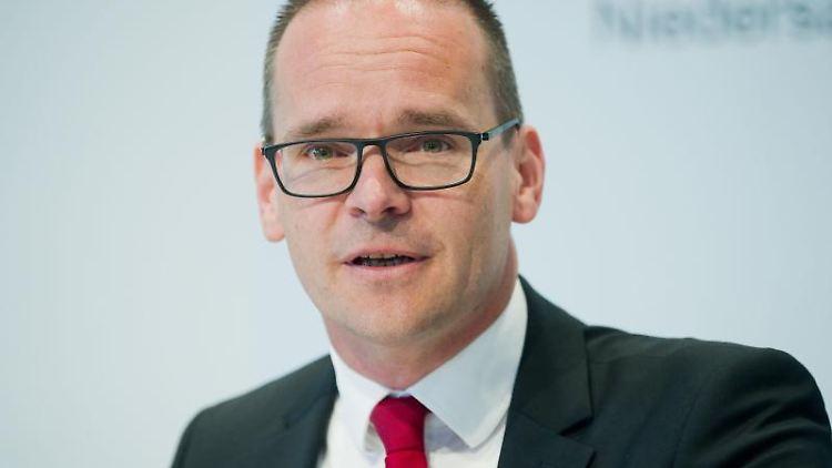 Grant Hendrik Tonne (SPD), Kultusminister von Niedersachsen. Foto: Julian Stratenschulte/Archiv