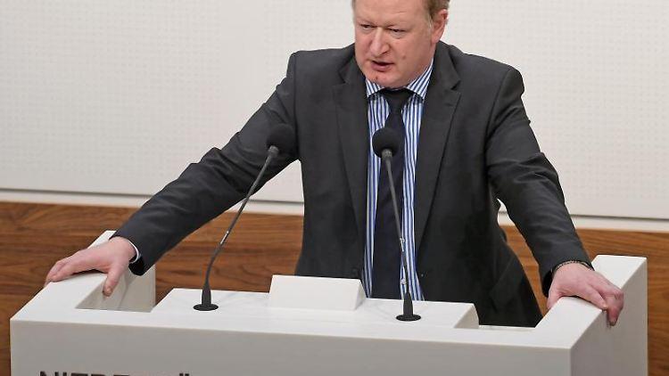 Reinhold Hilbers (CDU), Finanzminister von Niedersachsen. Foto: Holger Hollemann/Archivbild