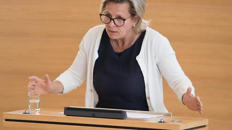 Barbara Klepsch (CDU), Sozialministerin von Sachsen. Foto:Sebastian Kahnert/Archivbild