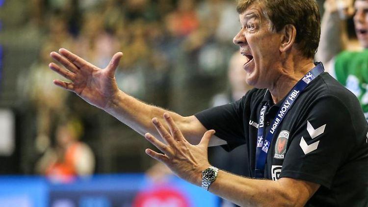 Der Füchse-Trainer Velimir Petkovic. Foto: Andreas Gora/Archivbild