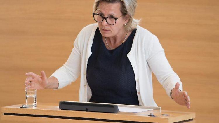 Barbara Klepsch (CDU), Sozialministerin von Sachsen. Foto: Sebastian Kahnert/Archivbild