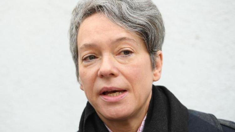 Kulturdezernentin Ina Hartwig spricht in Frankfurt am Main. Foto:Arne Dedert/Archiv