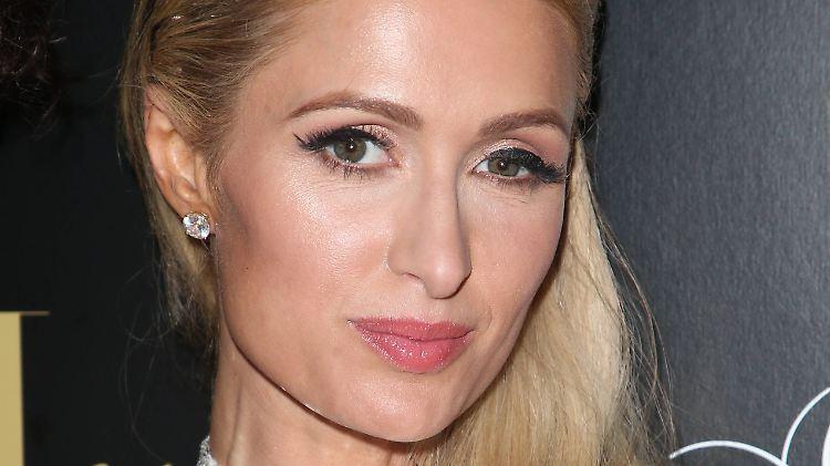 Paris Hilton: Die Hotelerbin trauert um ihren Großvater Barron (†91)