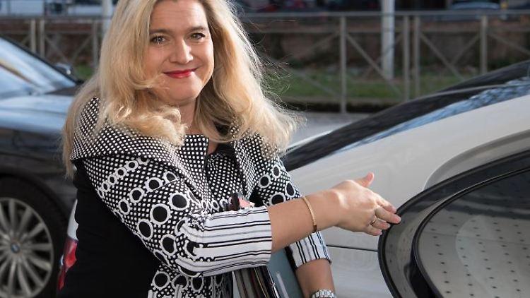 Melanie Huml kommt zu einer Kabinettssitzung in der bayerischen Staatskanzlei. Foto: Sven Hoppe/dpa