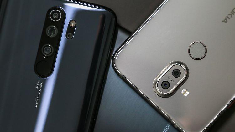 Die besten Smartphonesbis zu 300 Euro.jpg