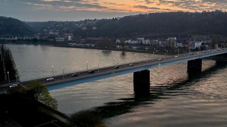 Pfaffendorfer Brücke. Foto: Thomas Frey/dpa