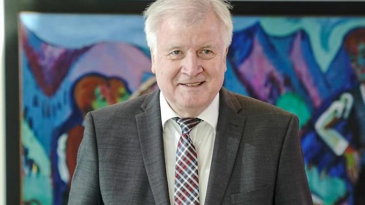 Horst Seehofer (CSU), Bundesminister für Inneres, Heimat und Bau. Foto: Michael Kappeler/dpa
