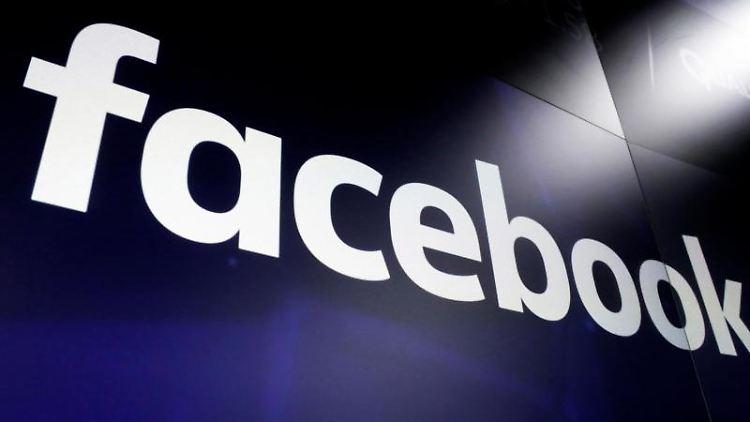 Facebook wegen Profil-Sperrung angeklagt. Foto: Richard Drew/AP/dpa/Archivbild