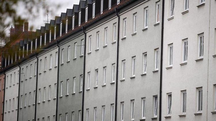 Eine Wohnanlage imStadtteil Schwabing in München. Foto: Sina Schuldt/dpa/Archivbild
