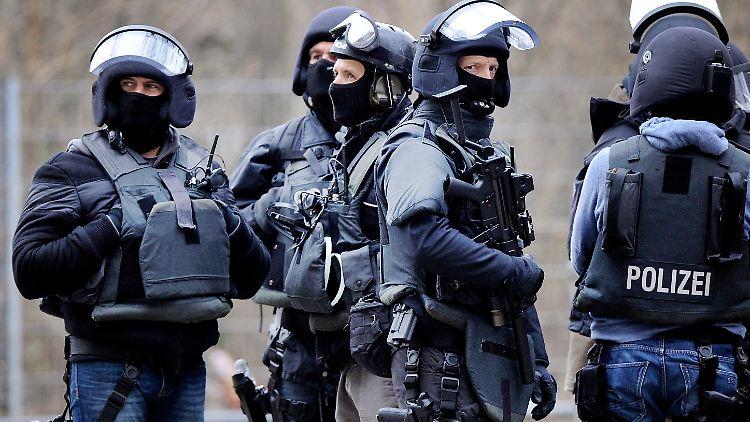SEK-Einsatz in Mülheim: Libanesen-Familie wurde schon mal abgeschoben!