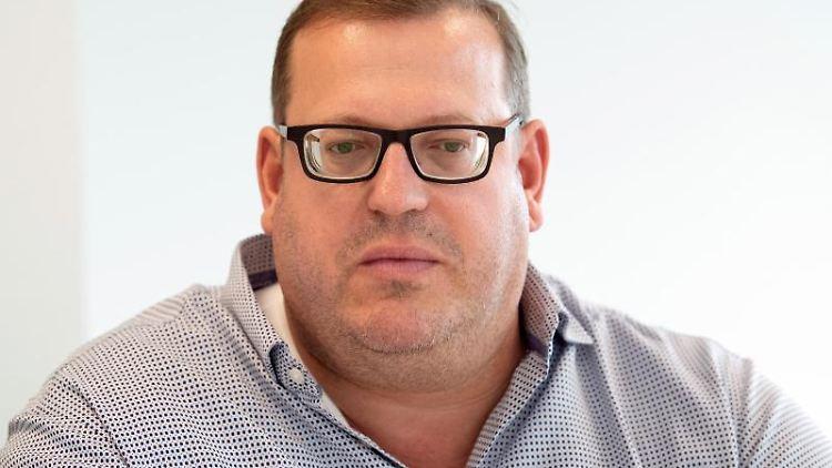 Jörn Göbert, Geschäftsführer des größten deutschen Ferkelzuchtbetriebes LFD. Foto: Federico Gambarini/dpa/Archivbild