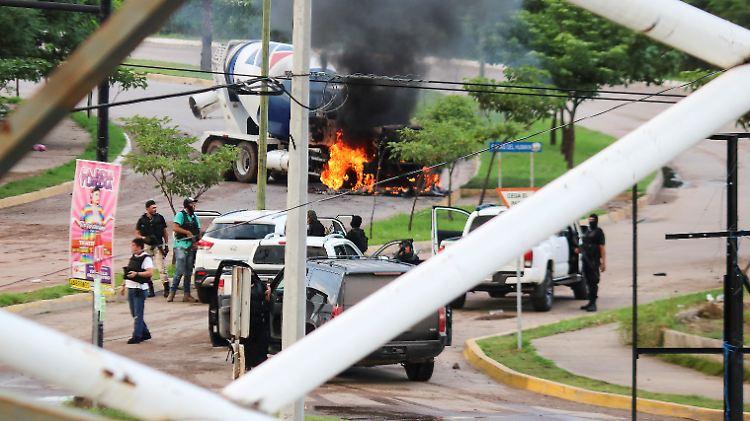 Bei der angeblichen Festnahme kommt es in Culiacán zu massiver Gewalt mit heftigen Schusswechseln und Explosionen.