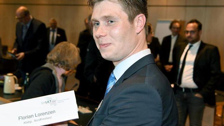 Florian Lorenzen (CDU) nach seiner Wahl zum Landrat von Nordfriesland. Foto: Carsten Rehder/dpa/Archivbild