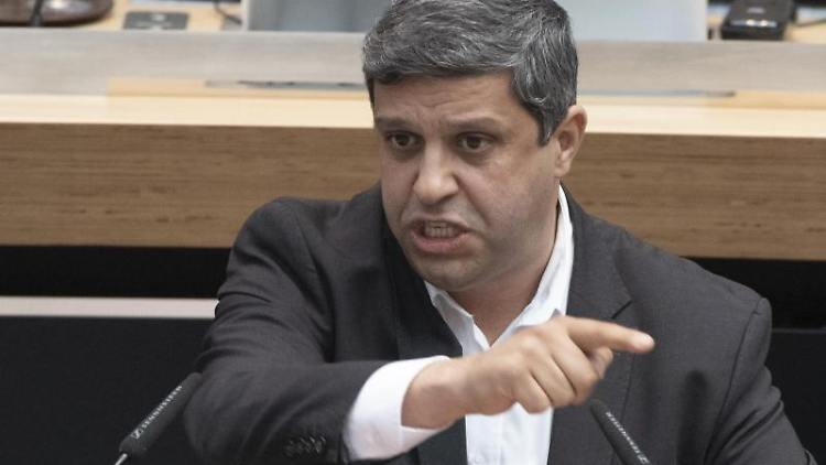 SPD-Fraktionsvorsitzender Raed Saleh. Foto: Paul Zinken/Archiv