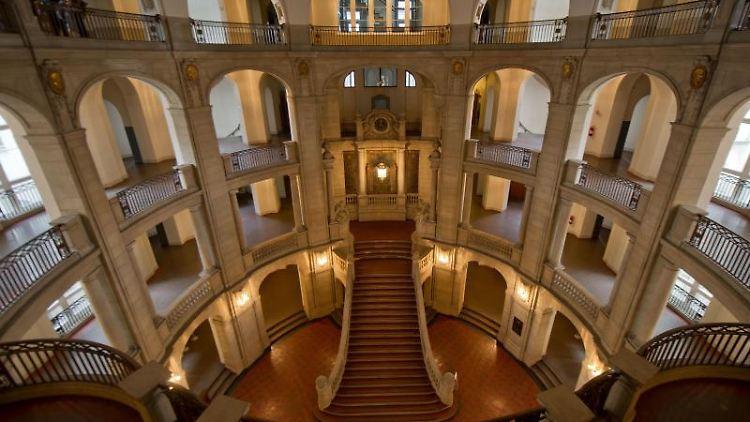 Die Eingangshalle des Kammergerichtes Berlin. Foto: Tim Brakemeier/dpa/Archivbild