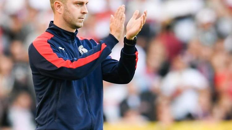 Die Mannschaft von Holstein Kiel möchte Interimstrainer Ole Werner als Chefcoach behalten. Foto: Tom Weller/dpa/Archivbild