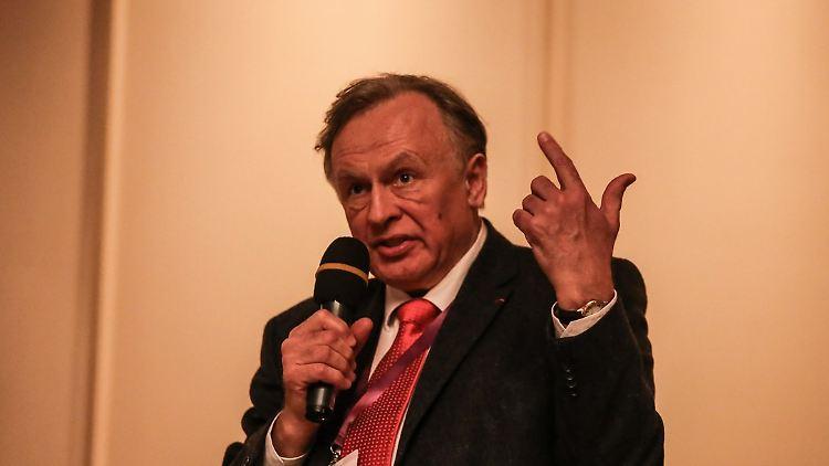 Oleg Sokolov ist Chevalier der französischen Ehrenlegion