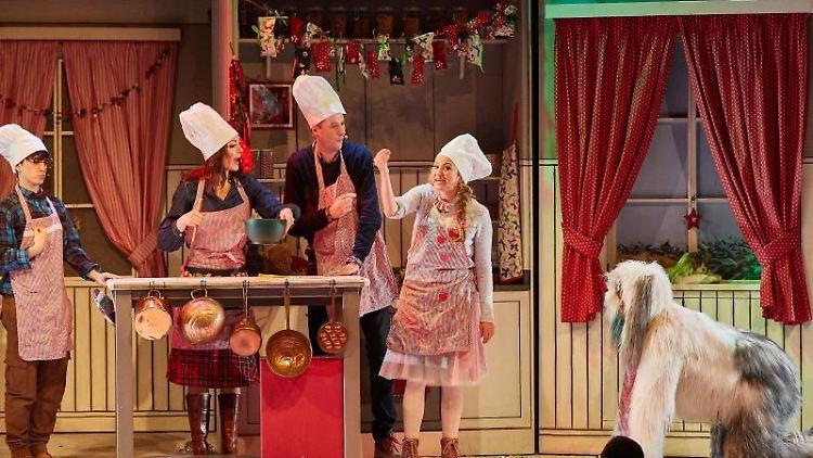 Darsteller während der Vorpremiere des Kinder-Musicals