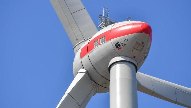 Die IGMetall Küste fordert einen Rettungsplan für die Windindustrie. Foto: Patrick Pleul/zb/dpa/Archivbild
