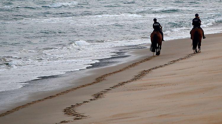 Kokain-Päckchen auf französischem Strand angespült