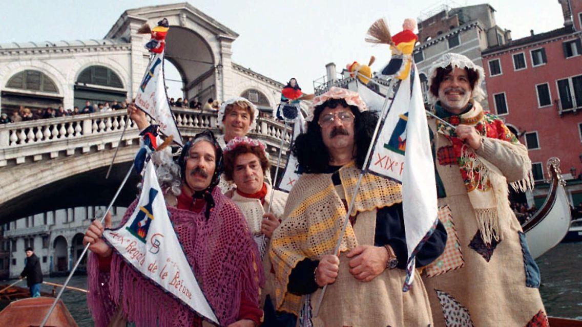 Wer Bringt In Italien Die Weihnachtsgeschenke.Andere Länder Andere Sitten So Feiert Die Welt Weihnachten N Tv De